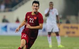 [Trực tiếp vòng loại World Cup 2022] Việt Nam 1-0 UAE (H2): Tiến Linh lập siêu phẩm, đội khách chỉ còn 10 người