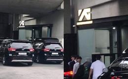 """Dân tình náo loạn khi BLACKPINK, iKON và loạt nghệ sĩ bất ngờ tập trung gấp tại trụ sở YG Entertainment: Sắp có """"biến"""" lớn?"""