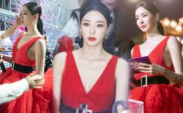 """Ảnh hậu trường của """"ác nữ"""" Lee Da Hee ở Grammy Hàn: Đẹp cỡ nào mà lấn át cả Kim Tae Hee và BTS?"""