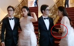 Bắt trọn phản ứng của Chi Pu khi bạn trai Nam Em vòng tay qua muốn ôm eo cô trên thảm đỏ: Liệu có đủ khéo léo?