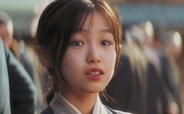 Sao nhí có đôi mắt đẹp nhất châu Á ngày ấy: Nhan sắc hiện tại khiến fan thất vọng nhưng về học vấn thì không ai dám chê