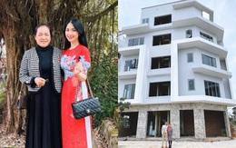 Choáng trước căn biệt thự siêu to Hoà Minzy xây tặng bố mẹ ở quê: Đúng là con gái nhà người ta đây rồi!