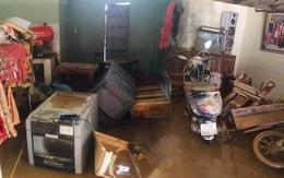 """Khung cảnh nhà cửa tan hoang sau trận """"đại hồng thuỷ"""" ở Quảng Bình: Tài sản bị ngâm nước nhầy nhụa bùn đất, thóc mọc mầm, vật nuôi chết hàng loạt"""