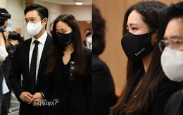 Tang lễ khiến cả Kbiz chết lặng: Son Ye Jin khóc sưng đỏ mắt, Lee Byung Hun cùng dàn sao quyền lực đau buồn tiễn biệt