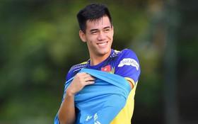 [Trực tiếp vòng loại World Cup 2022] Indonesia vs Việt Nam: Công Phượng dự bị, Tiến Linh lĩnh xướng hàng công