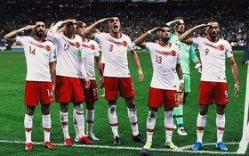 Video 2 cú đánh đầu thành bàn thắng ở trận Pháp 1-1 Thổ Nhĩ Kỳ (vòng loại Euro 2020)