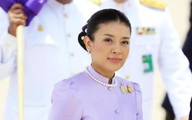 Không chỉ Hoàng quý phi, vợ cũ của vua Thái Lan trước đây cũng từng bị phế truất và kết cục vô cùng đau xót