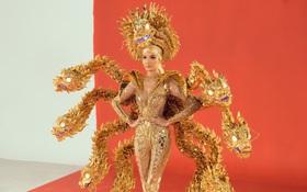 """Netizen khi xem 3 trang phục dân tộc của Hoàng Thùy: Khác xa bản vẽ, """"Vùng đất chín rồng"""" bị chê tan nát"""