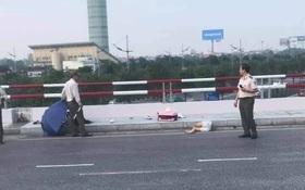 Hà Nội: Phóng xe vào làn đường ô tô lên nhà ga Nội Bài với tốc độ cao, một phụ nữ tử vong