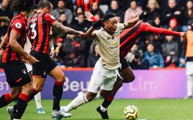 Phung phí cơ hội ghi bàn, Man Utd lại thua tại Ngoại hạng Anh