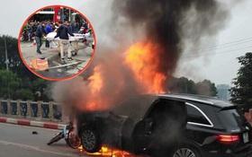 Sau khi gây tai nạn chết người, nữ tài xế Mercedes hoảng loạn đâm tiếp vào xe chở bình gas mới khiến xe phát nổ
