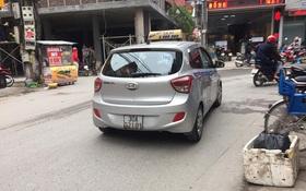 """Hà Nội: Quãng đường chỉ 17km nhưng tài xế đi lòng vòng lên 30km rồi """"chặt chém"""" du khách Tây hơn 3 triệu đồng"""