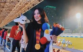 Bạn gái Văn Hậu khoe ảnh chụp cùng huy chương vàng: Cô gái số hưởng nhất hôm nay đây rồi!