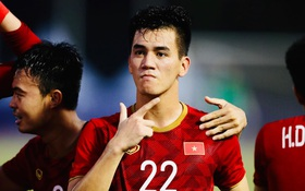 Cho Tiến Linh đá lại phạt đền, trọng tài chính trận Việt Nam - Thái Lan hứng đủ gạch đá của fan Đông Nam Á