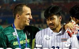 """Thủ môn Thái Lan lần đầu lên tiếng về pha đá lại phạt đền trong trận gặp Việt Nam: """"Trọng tài đã có một quyết định đáng xấu hổ"""""""