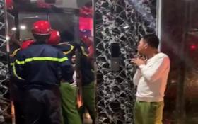 Hà Nội: 17 người hoảng loạn khi bị mắc kẹt trong thang máy, may mắn được giải cứu kịp thời