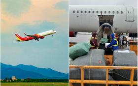 Các hãng hàng không Việt Nam đồng loạt hướng về miền Trung: Miễn phí vận chuyển hàng hoá cứu trợ, đổi ngày bay cho hành khách bị ảnh hưởng