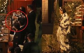 Trực tiếp tiệc cưới bí mật của Tóc Tiên - Hoàng Touliver: Chú rể lấy áo choàng cho cô dâu, vợ chồng son tình tứ không rời