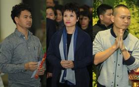 Xuân Bắc, Thanh Lam cùng dàn nghệ sĩ Việt không giấu được nỗi buồn, bật khóc trong tang lễ NSƯT Vũ Mạnh Dũng