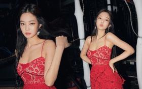 """Lụa nào cũng đẹp vì Jennie, bao gồm cả váy ren đỏ kém sang không lối thoát từng khiến nhiều sao Việt """"lọt hố"""""""