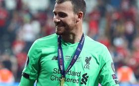 """Vận đỏ kỳ lạ của Andy Lonergan, thủ môn thất nghiệp chưa bao giờ bắt ở Ngoại hạng Anh đột nhiên """"trúng số"""", kiếm được 3 huy chương vô địch dù chỉ… ngồi trên khán đài"""