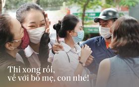 Những khoảnh khắc cảm xúc nhất kỳ thi THPT Quốc gia: Khi đứa con bé bỏng của bố mẹ sắp bước vào đại học
