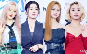 """Siêu thảm xanh hot nhất Kpop hôm nay: TWICE sexy """"hầm hập"""" đối đầu Red Velvet, Yerin (GFriend) mặt sưng vù giữa 50 idol"""