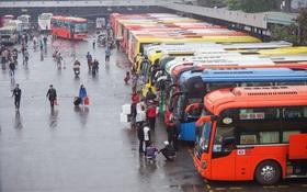 Hà Nội tìm kiếm những hành khách đi chung chuyến xe với bệnh nhân 620