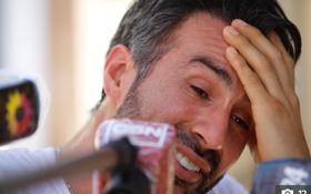 """Bác sĩ rơi nước mắt, phản bác cáo buộc làm Maradona chết oan: """"Ông ấy đầu hàng bệnh tật"""""""
