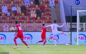 """Bình luận: Đừng trách VAR hay chửi trọng tài, """"thói quen xấu"""" ở V.League là thứ ĐT Việt Nam cần loại bỏ"""