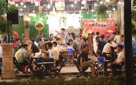 TP.HCM cho phép nhiều cơ sở kinh doanh hoạt động trở lại, trừ karaoke, bar, vũ trường, beer club,…