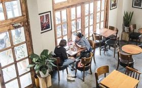 Từ 0h ngày 2⁄3, Hà Nội cho phép các nhà hàng, cà phê phục vụ trong nhà mở cửa trở lại