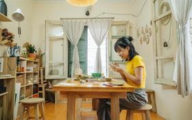 """Cô gái bỏ nghề kiến trúc, theo đuổi đam mê với... kim chỉ: Bạn lựa chọn """"được đi làm"""" hay """"lại phải đi làm""""?"""