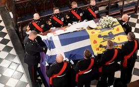 Tang lễ Hoàng thân Philip: Áo quan của Hoàng thân được hạ xuống Hầm mộ Hoàng gia