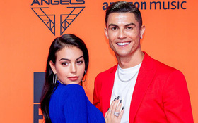 4 tin đồn thất thiệt về Ronaldo: Thuê bạn gái để che giấu đồng tính, gập bụng 3.000 cái mỗi ngày