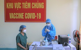 Nữ điều dưỡng ở Đà Nẵng bị sốc phản vệ sau tiêm vắc xin Covid-19