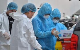 Đôi vợ chồng ở Thanh Xuân không ngồi cùng chuyến bay với 2 chuyên gia Trung Quốc mắc Covid-19