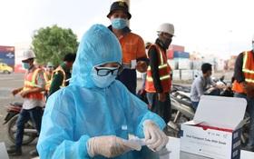 Tất cả quận huyện tại TP.HCM đã có ca mắc, 5 bệnh viện có nhân viên nhiễm Covid-19