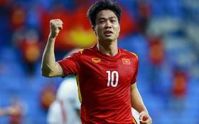 Chuyên cơ chở đội tuyển Việt Nam về TP.HCM sau khi kết thúc vòng loại thứ hai World Cup 2022