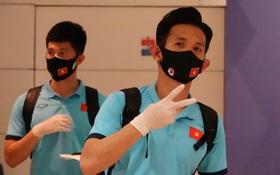 Trực tiếp từ UAE: Tuyển Việt Nam đã có mặt ở phòng chờ, chuẩn bị lên chuyến bay trở về