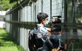 Không khí nóng bỏng tay tại sân bay Tân Sơn Nhất - nơi dàn cầu thủ nam thần vừa đổ bộ