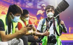 """Phóng viên Việt Nam sang UAE tác nghiệp vòng loại World Cup giữa """"bão"""" Covid-19: Hành trình cam go và ngày 21⁄6 trong khu cách ly"""