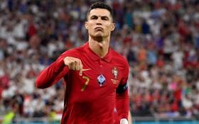 Ronaldo lập cú đúp, Bồ Đào Nha vượt qua những phút giây sợ hãi trước Pháp để tiến vào vòng knock-out