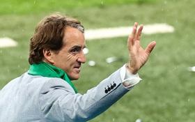"""Roberto Mancini và hành trình thần kỳ """"hô biến"""" đống đổ nát thành binh đoàn Italy bách chiến bách thắng"""