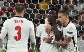Loại tuyển Đức khỏi Euro? Hãy coi chừng, đội của bạn sẽ dính ngay lời nguyền kéo dài gần 10 năm qua