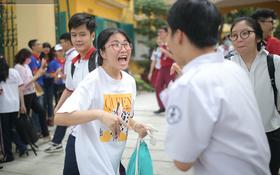 MỚI: Hà Nội xem xét cho học sinh trở lại trường vào đầu tháng 11 khi thành phố tiêm phủ mũi 2 vắc xin