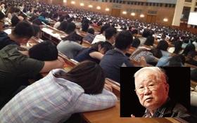 """Cảnh sinh viên ngủ """"la liệt"""" trong giờ giảng của giáo sư ở Trung Quốc"""