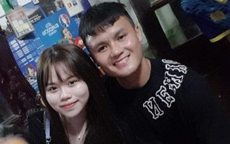 Huỳnh Anh bay vào Đà Nẵng cổ vũ Quang Hải thi đấu: Tiếp tục tinh thần chàng ở đâu nàng theo đó không rời
