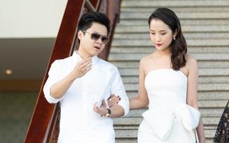 Phan Thành đem nhẫn kim cương to đùng đi hỏi vợ, sự tinh tế ẩn sau tiềm lực kinh tế không phải ai cũng nhìn ra