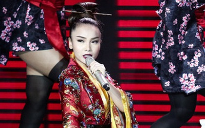 """Bị fan """"làm loạn"""", """"The Remix"""" phải tạm tháo clip trình diễn của Yến Trang"""